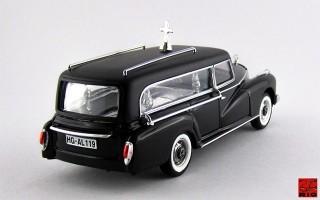RIO4137 - MERCEDES 300 D - 1960 - Carro Funebre