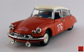 RIO4188 - CITROEN ID 19 - 1¡ Rally Montecarlo 1959 - Coltelloni / Desroiers