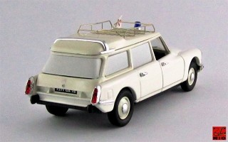 RIO4271 - CITROEN ID 19 BREAK - 1959 - Ambulanza francese