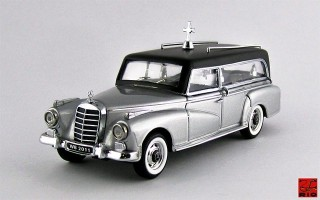 RIO4278 - MERCEDES 300 D - 1960 - Carro Funebre