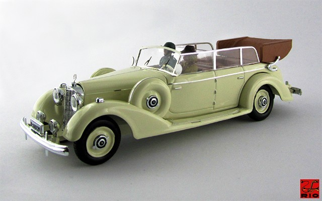 RIO4490/P - MERCEDES 770 K - 1938 - Con due personaggi Eva Braun and guard