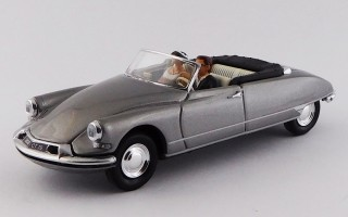 RIO4630 - CITROEN DS 19 CABRIOLET - 1961 - Just Married